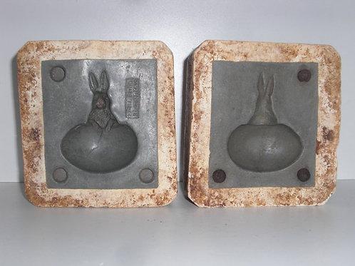 052 Antike 2-teilige Marzipanform aus Schwefelstein / Gips