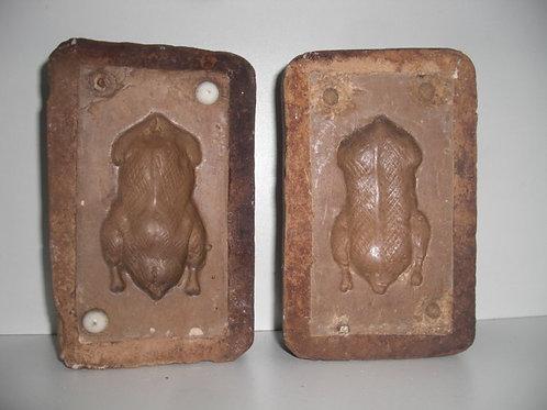 006 Antike 2-teilige Marzipanform aus Schwefelstein / Gips