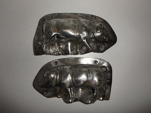 04587 antike Schokoladenform aus Metall Schwein WALTER BERLIN