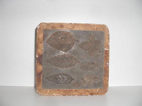 036 Antike 1-teilige Marzipanform aus Schwefelstein / Gips