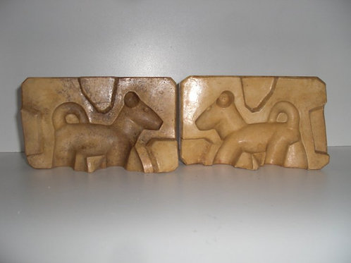 051 Antike 2-teilige Marzipanform aus Schwefelstein / Gips