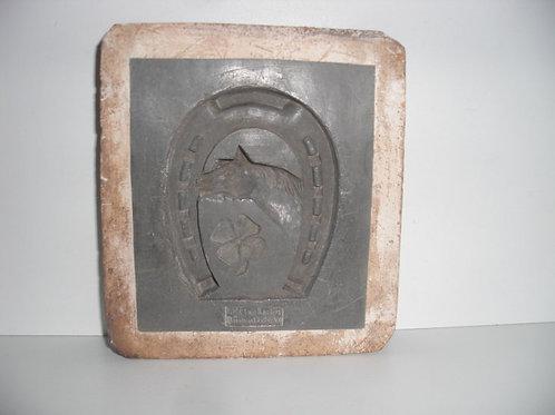 002 Antike 1-teilige Marzipanform aus Schwefelstein / Gips