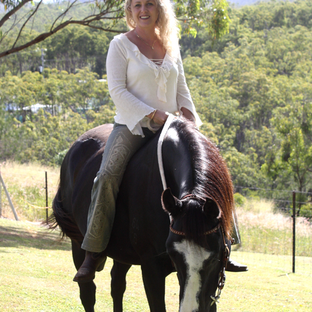 Horses, daily meditation and rural romance with Mandy Magro
