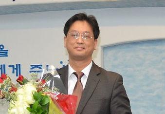 정승구 담임 목사