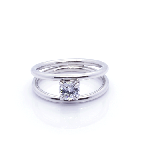 18ct Gold and Diamond Twin Band Solitaire Ring.
