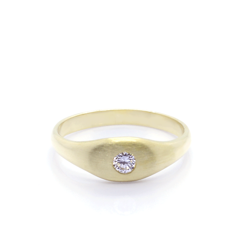 18ct Gold and Diamond Dress Ring.