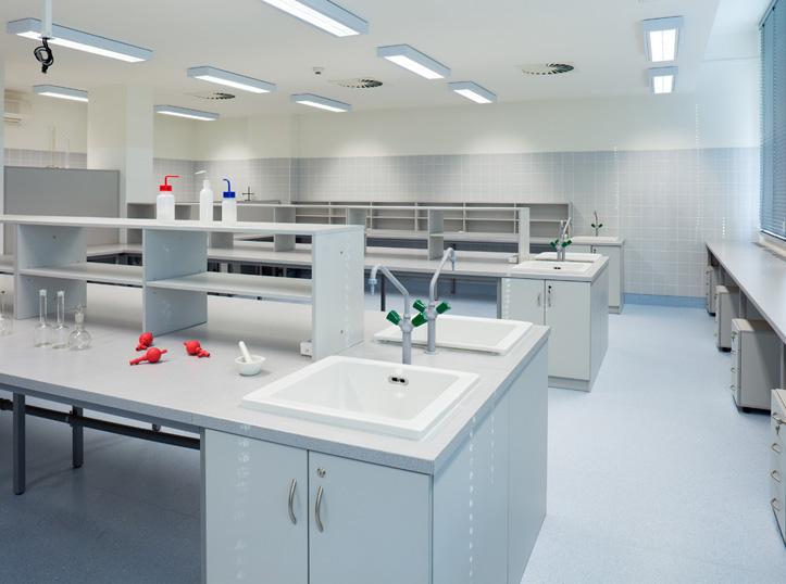 laboratorni-nabytek-03v.jpg