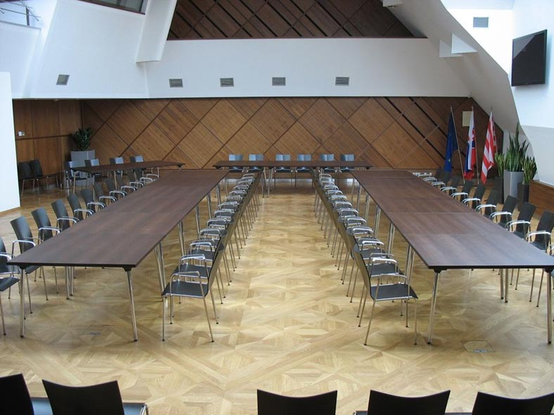 konferencna-miestnost.jpg