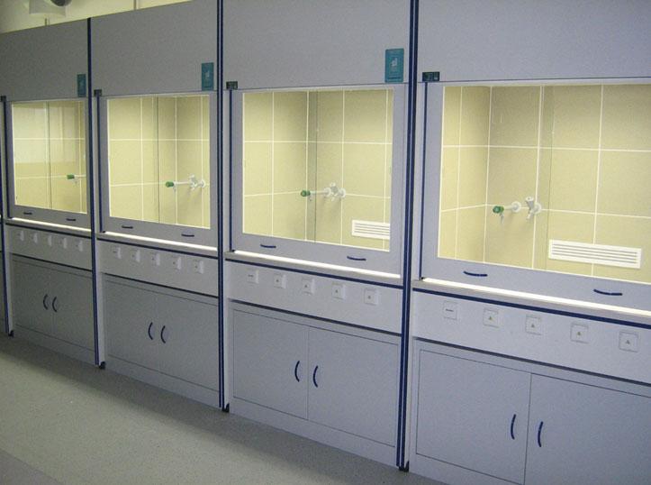 laboratorni-nabytek-06v.jpg