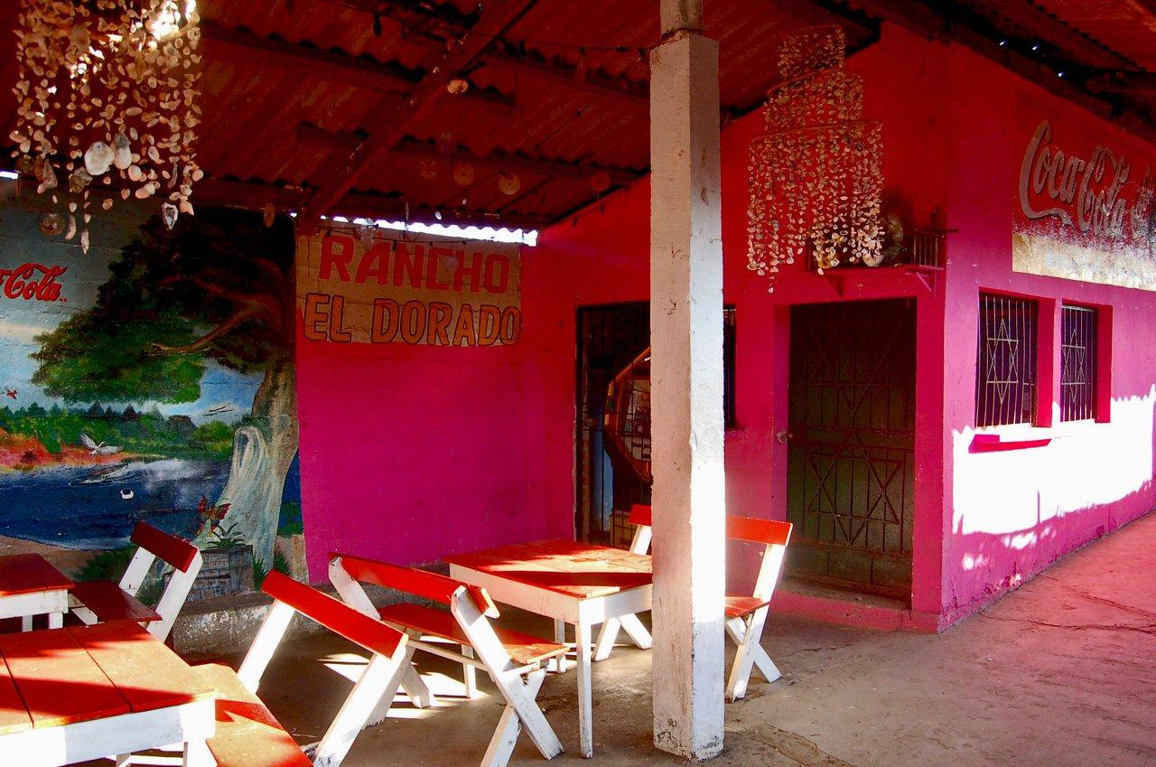 Pink Resturant, El Salavador