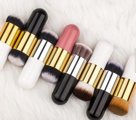 Gilmore Beauty - Langmanni Bristles Nylon Hair + Brush Handle Plastic Chubby Pier