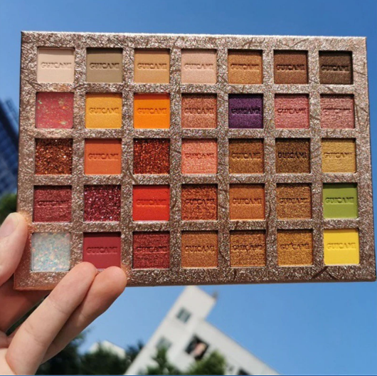 פלטת  מקצועית 35 צלליות בצבעים עזים - GUICAMI - גילמור ביוטי