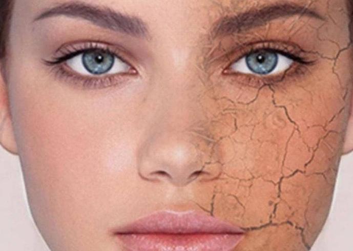 בסוף היום אנחנו כבר מותשות והרבה פעמים נשארות בלי כוח להסיר את האיפור אבל לישון עם האיפור זה הדבר הכי גרוע שאנחנו יכולות לעשות לעור שלנו. כשאנו ישנות, העור שלנו עובר תהליך חידוש והתנקות כשאנחנו ישנות עם האיפור... הוא חוסם את הנקבוביות שלנו וגורם לעור להיראות עייף ונבול ובנוסף יכול לגרום לפצעים, להתייבשות ולהתבגרות מהירה יותר של העור, לקמטים ולעור בלתי אחיד. אז אין ברירה עם כל ההבנה שאתן עייפות... שווה להשקיע כמה דקות בערב לפני השינה, להסיר את האיפור ולנקות את העור. כדי למנוע נזקים עתידיים שנצטרך להתמודד איתם.