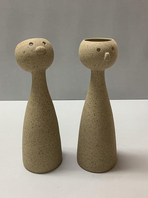 Bonequinhos em cerâmica