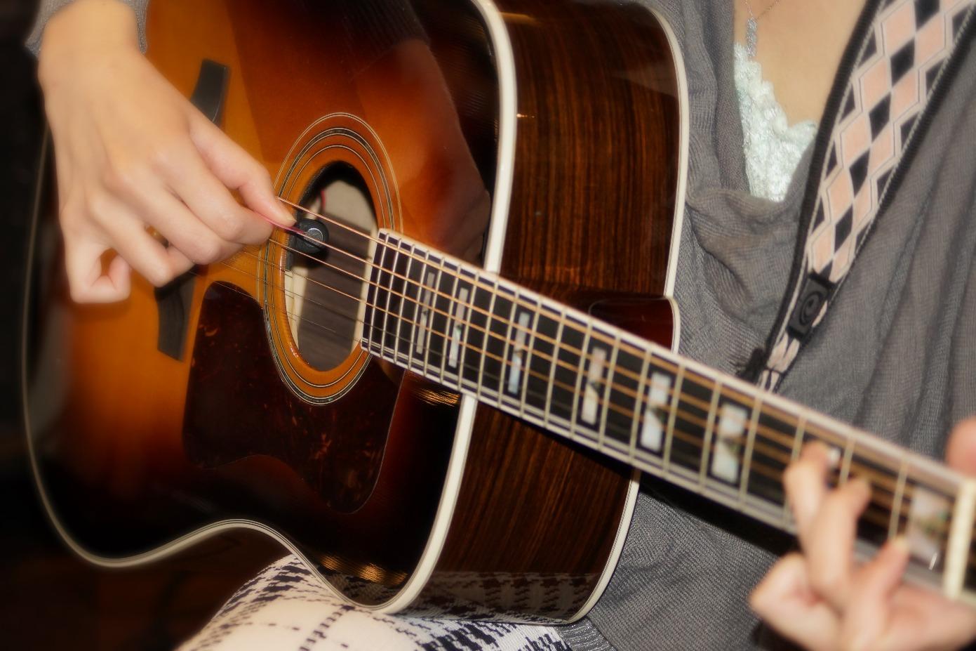 町田、横浜でアコースティックギターレッスン