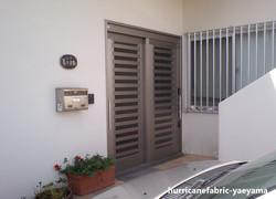 住宅 玄関(設置前)