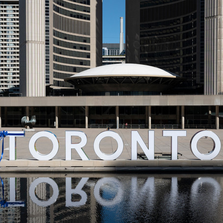 Toronto Sign Returns to Nathan Phillips Square