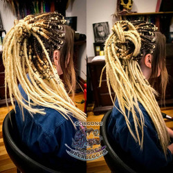 Gorgone_Dreads_synth_blond_ombre