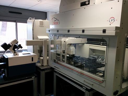 Screening robotical platform