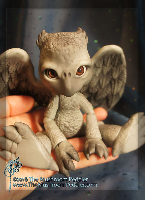 Griff the Griffon - Grey resin - SOLD OUT