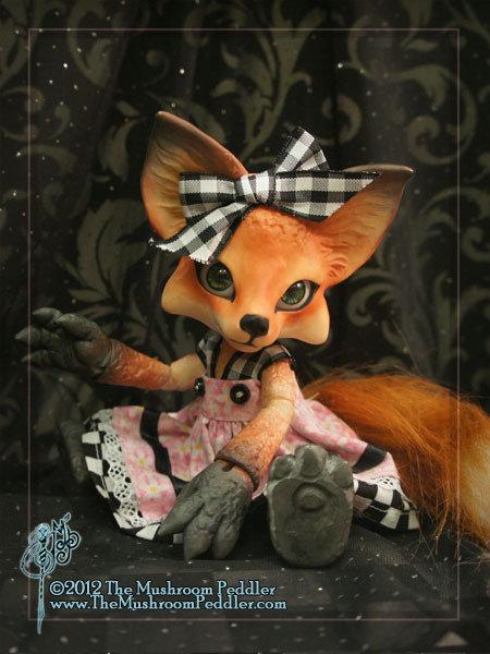 Kitsune the Fox - White resin