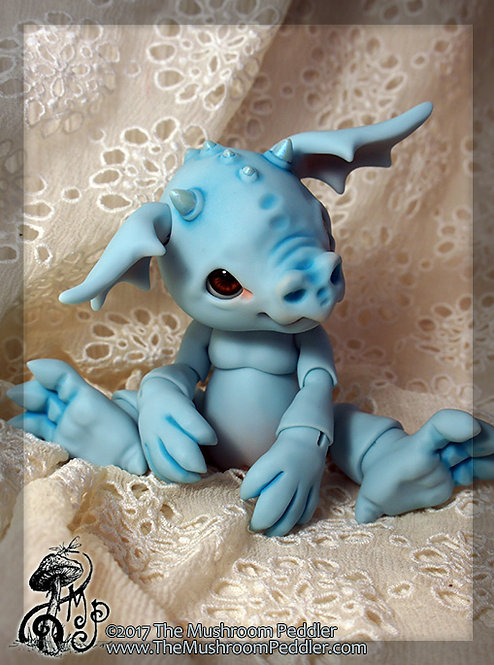 Smoulder the Baby Dragon - Blue Resin - Face up/Blushing