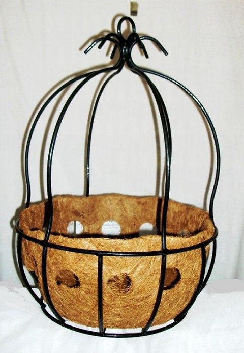 Wrought Iron Hanging Basket With Liner