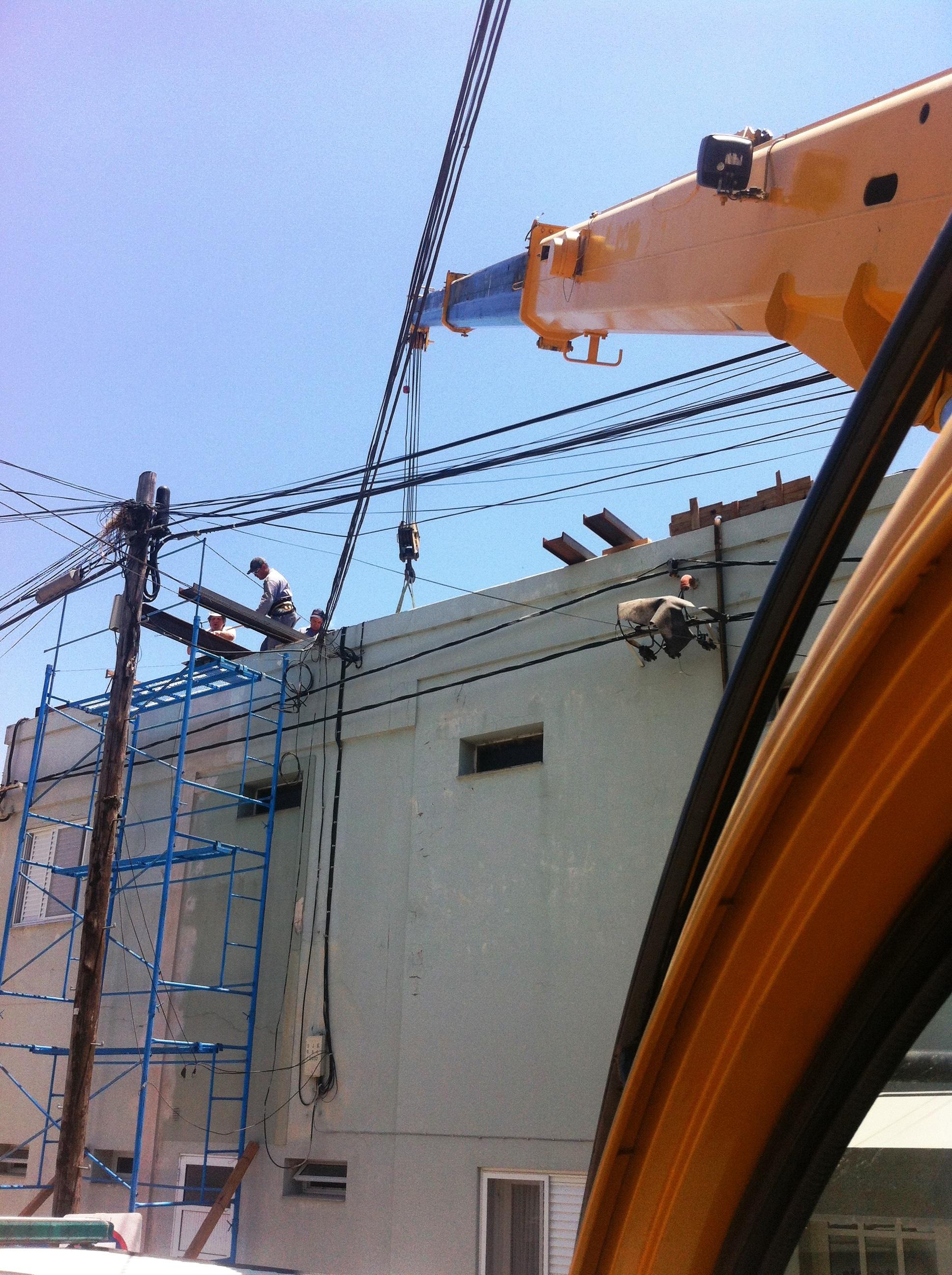 Construcción tercer piso Clinica