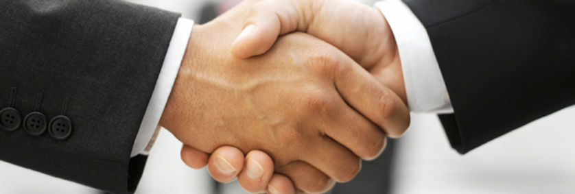 """Verkaufsabschluss, Verkaufsabschlüsse, Verkaufen, Vertrieb, Abschluss orientiert Verkaufen, Zielorientiert Verkaufen, Ziele setzen, Reklamations Bearbeitung, Chance, mehr Umsetzen, Lösungsorientiert Verkaufen, Verkaufshelden, Verkäufer, Verkaufsschulung, Verkaufs Seminar, Vertriebscoach, Setzen Sie sich bei jedem Kundenkontakt ein Ziel, denn absolut jeder Kontakt ist die Chance auf einen Verkauf. Die Reklamation ist dafür das beste Beispiel. Hier schreit ein Kunde nach Hilfe und bittet Sie sogar mit Ihm in Kontakt zu treten, warum soll eine Reklamation also etwas Negativ behaftetes darstellen. Denn, wenn Sie dem Kunden jetzt auch noch eine Lösung anbieten, sind Sie der """"from Zero to Hero"""" an diesem Tag."""