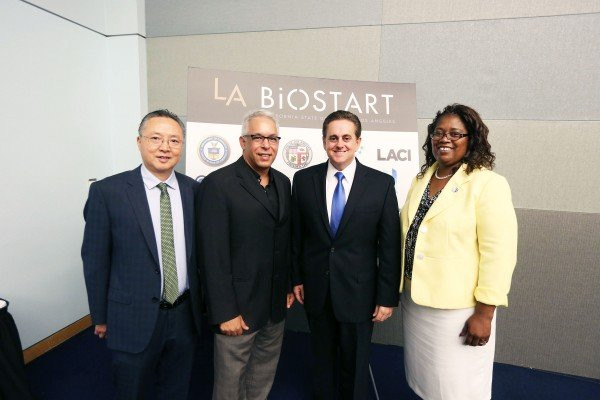 Cal State LA Professor Howard Xu, Los Angeles Venture Assn. Executive Director Leonard Lanzi, Executive Vice President Jose A. Gomez, and Dean Pamela Scott-Johnson at LAVA's First Look L.A. 2017.