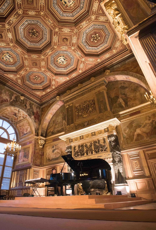 KNOCK-Les-fresques-musicales-chateau-fon