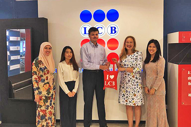 LCB students learn about financial management