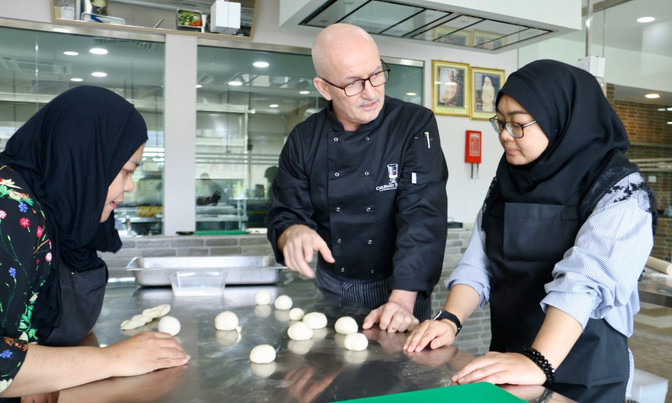 Laksamana to open culinary school in March