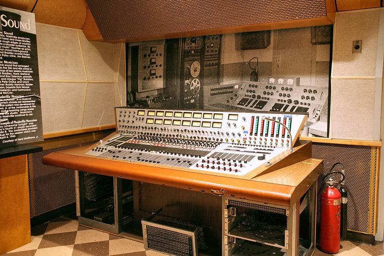 RCA STUIO B.jpg