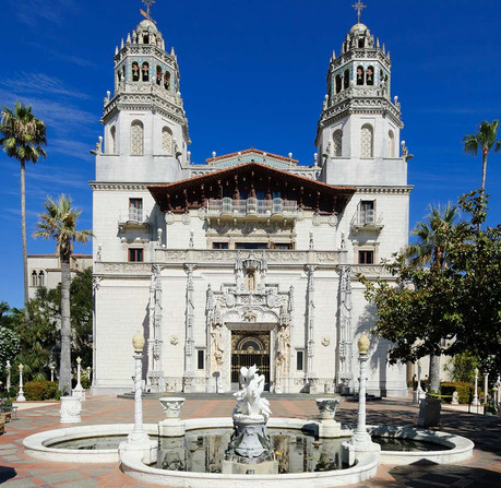 Morgan's work caught the attention of publisher William Randolph Hearst, who asked her to design a simple bungalow for family gatherings. After 25 years of construction, the bungalow would become Hearst Castle. (Surfside/freeimageslive)