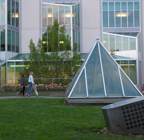 Kaiser Permanente, Capitol Hill Campus (Photo by Dennis Haskell)