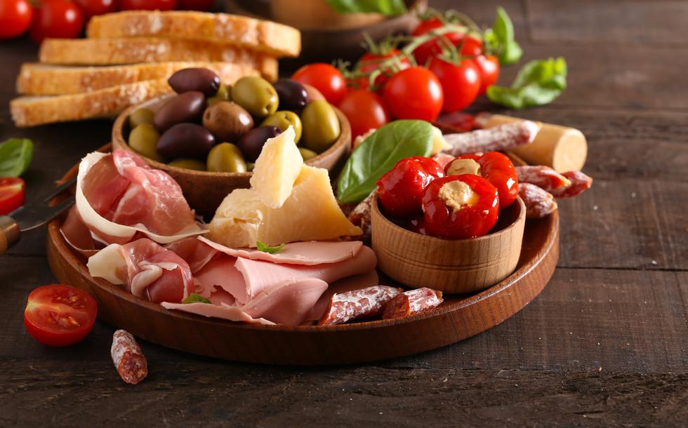 italian-food-TJPCKA9.jpg