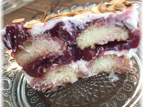 Schnell ein Dessert – Topfen-Kirsch Tiramisu