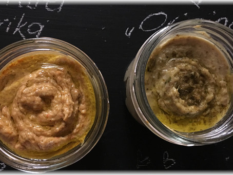 Wieder was für die Jause – Hummus:  Natur oder mit Paprika