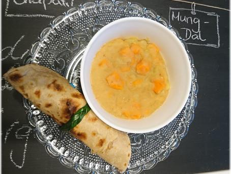 Mung Dal mit Kraut und Süßkartoffeln