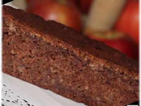 Was ist es? Ein Kuchen? Ein Brot? – Veganer Dattelkuchen