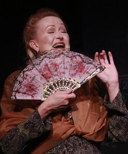 Emilie: La Marquise Du Chatelet Defends Her Life Tonight 2016