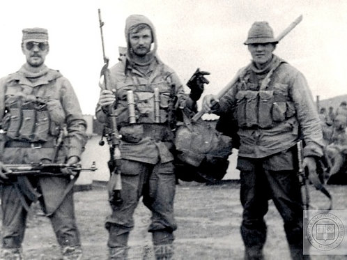 (Developing) Soviet soldiers group plus helicopters