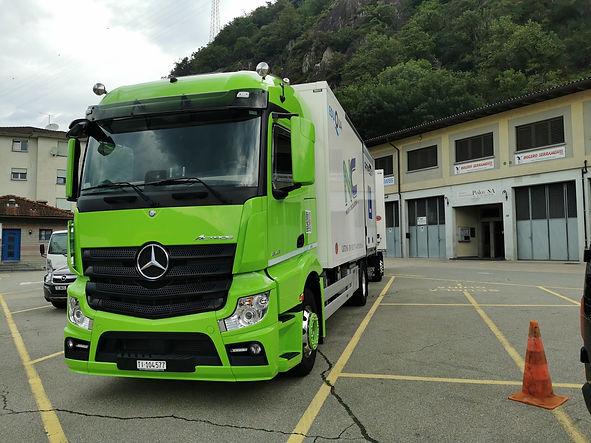 Mercedes4.jpg