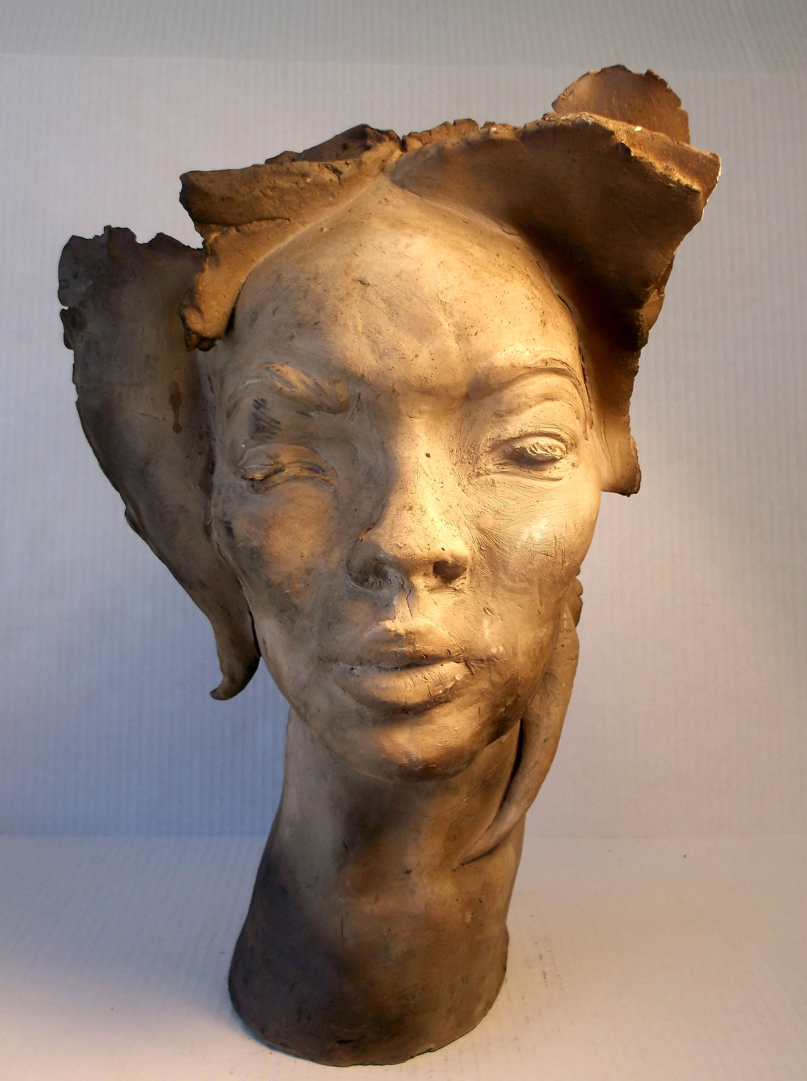 Vase head 2 (front view)