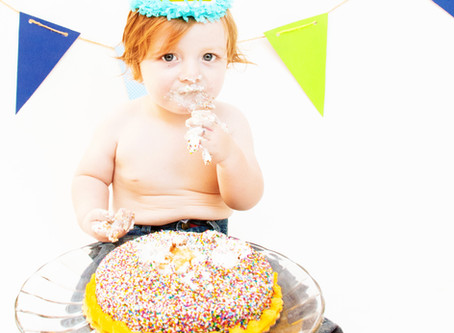 Cake Smash 101: 3 Tips from a Southern California Children's Photographer