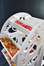 Ferris wheel sweet display