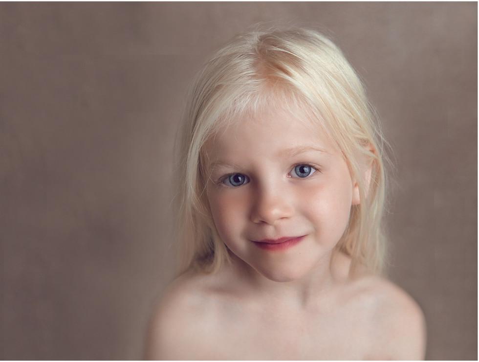 Thea Children's Portrait