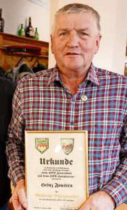 Die Goldene Ehrennadel für Heinz Fausten