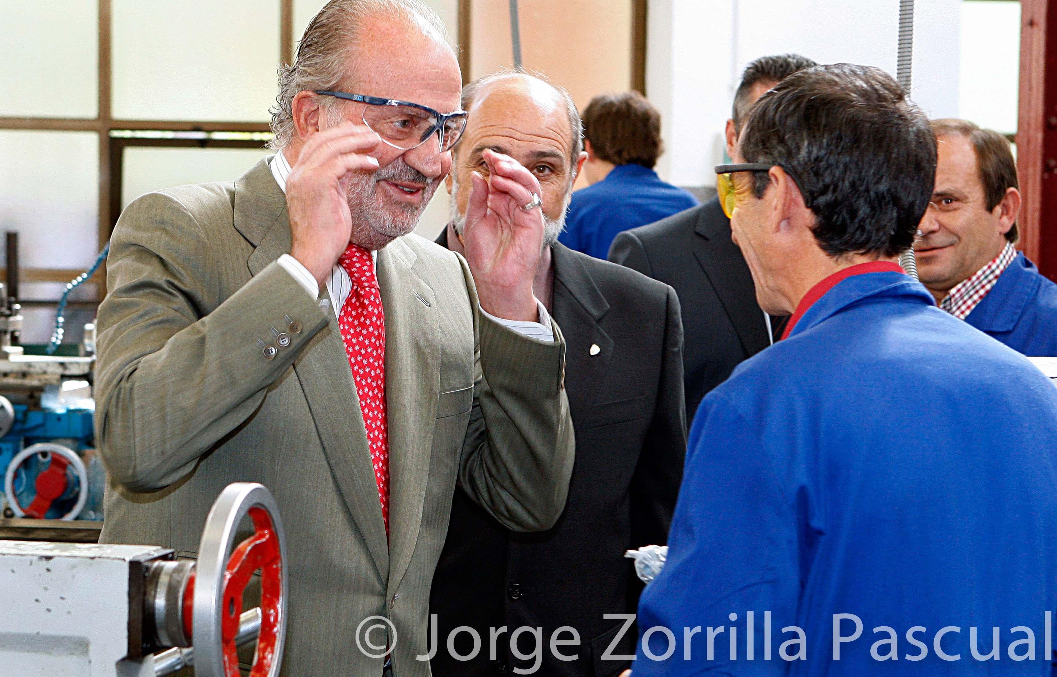 Fotografía Rey Don Juan Carlos evento fabrica © Jorge Zorrilla Fotógrafo Madrid